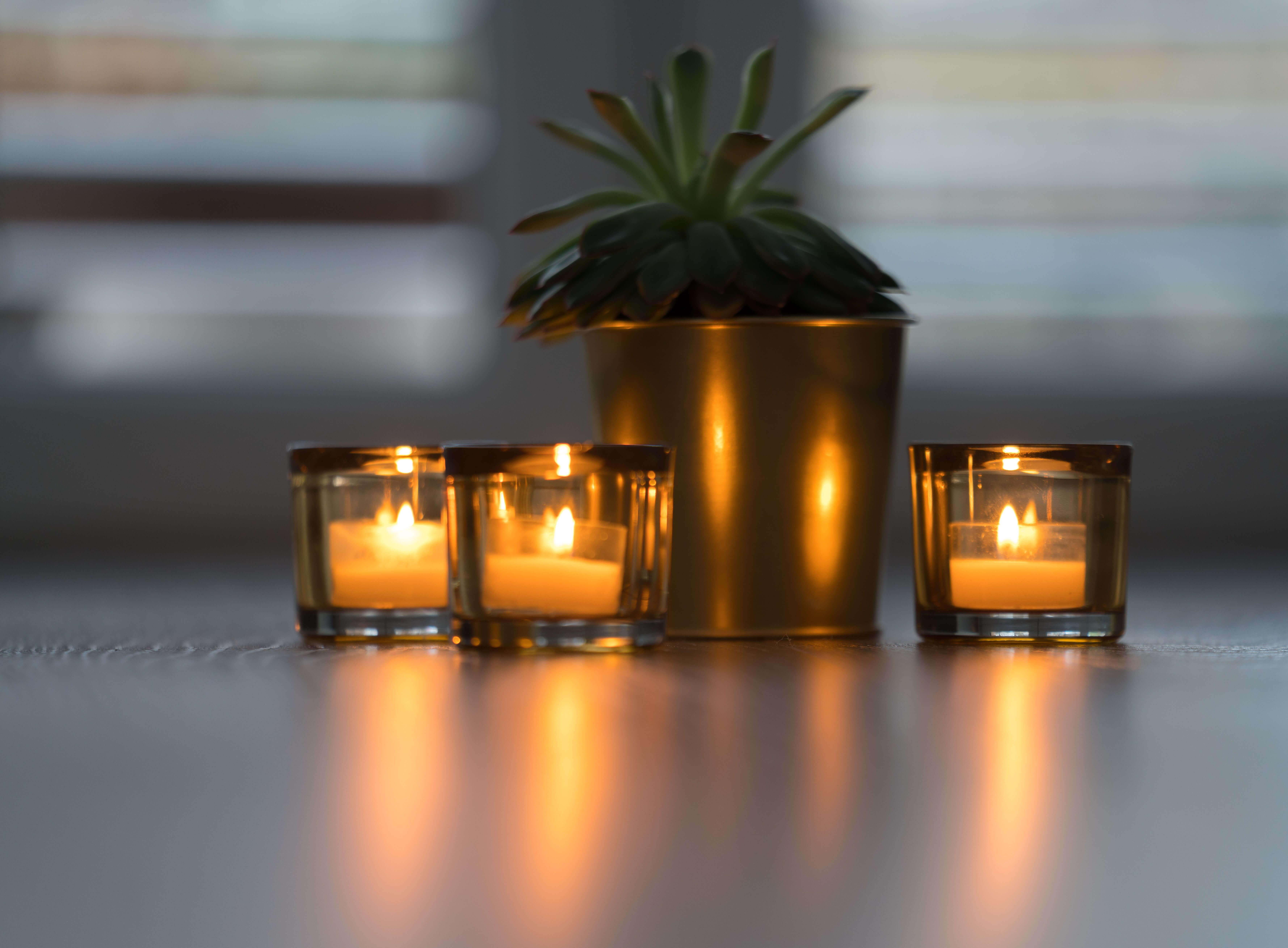 SÜSSHOLZ Kerzen